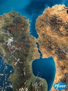 """An image circulating online claims to show the """"Kissing Islands"""" of Greenland. Is this image real or fake? Places To Travel, Kissing, Sculpting, Islands, World, Advertising Campaign, Pictures, Outdoor, Image"""