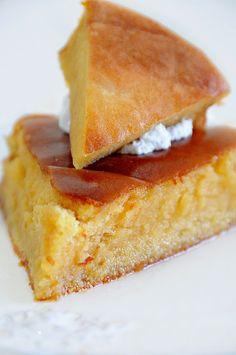 Como buenacubanaque soy, ¡muero por este dulce! Y es que pocos cubanos podemos resistirnos a una rica panetela borracha, sobre... Cuban Desserts, Spanish Desserts, Cuban Recipes, Sweet Recipes, Cake Recipes, Dessert Recipes, Cuban Bread, Cuban Cuisine, Un Cake