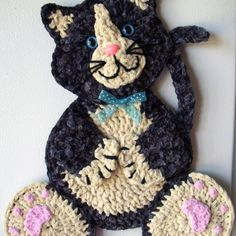 Best Ideas For Crochet Cat Applique Wall Hangings Crochet Cat Pattern, Granny Square Crochet Pattern, Love Crochet, Crochet Gifts, Crochet Motif, Crochet Flowers, Crochet Toys, Crochet Stitches, Crochet Patterns