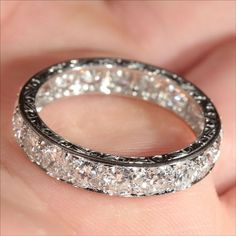 This is probably the prettiest ring I have ever seen in my whole entire life. It's absolutely gorgeous
