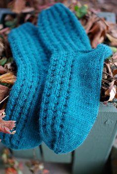 Ravelry: Blueberry Waffle Socks pattern by Sandy Turner