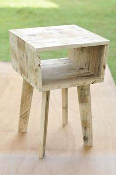 diy Pallet unique side table
