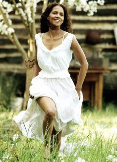 Halle Berry in'Their Eyes Were Watching God' (2005).