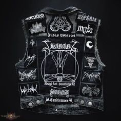 Back of my vest Combat Jacket, Battle Jacket, Metal Fashion, Punk Fashion, Black Metal, Heavy Metal Patches, Suits For Guys, Rock Outfits, Edgy Outfits