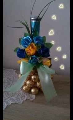Hanukkah, Wreaths, Home Decor, Board, Roses, Decoration Home, Door Wreaths, Room Decor, Deco Mesh Wreaths