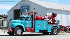 Vintage Trucks W H Shaffer Towing, Springfield IL - Mack B Model w/ Trebron Holmes conversion unit Old Mack Trucks, 4x4 Trucks, Custom Trucks, Cool Trucks, Semi Trucks, Heavy Duty Trucks, Heavy Truck, Antique Trucks, Vintage Trucks