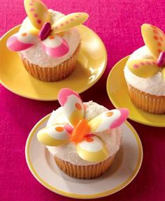 Decorating Butterfly Cupcakes