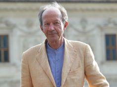 Giorgio Agamben: #Europa muss kollabieren * http://www.zeit.de/2015/35/giorgio-agamben-philosoph-europa-oekonomie-kapitalismus-ausstieg * #Philosophie
