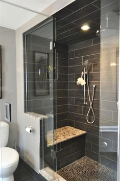 50 Amazing Small Master Bathroom Shower Remodel Ideas and Design - Bathroom Design Small, Bathroom Interior Design, Bath Design, Small Bathroom Interior, Small Bathroom Tiles, Kitchen Tile, Bathroom Layout, Kitchen Design, Bad Inspiration