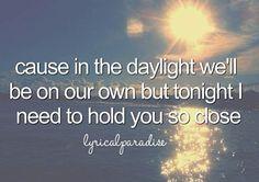 Daylight- Maroon5