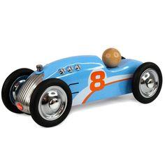 Coche metal rockett azul de 20cm. Es una réplica perfecta de los coches de carreras y se distingue por su alta calidad y acabados refinados.