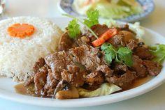 Pilavlı Et Sote Tarifi Nasıl Yapılır? Mantarlı Dana Et Sote. Dana eti ile sosun karışımıyla çok lezzetli pilavlı et sote ortaya çıkmaktadır. Tavada et kızartılırken bir taraftan sos hazırlanır kızarmakta olan ete ilave edilerek birlikte pişirilir. Pilav da hazırlanarak birlikte servis edilir. Yapılışı çok kolaydır. Pilavlı et sote tarifi malzemelerini yazalım dana eti, havuç, mantar, […]