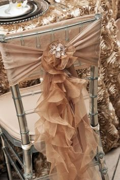 Love these chair covers