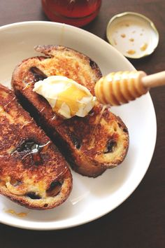 Never Fail French Toast | The Sugar Hit For every 2 pieces of inch-thick toast, you need:  1 egg  2 tbsp sweetener (sugar, honey, maple, agave, whatever)  1/3 cup liquid (milk, half and half, cream, almond milk, soy milk, coconut milk, whatever)  1/4 – 1 tsp flavouring (lemon zest, cinnamon, vanilla, cardamom, rum,