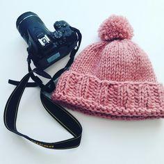 Winter Hats, Fashion, Tricot, Moda, Fashion Styles, Fashion Illustrations