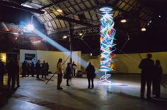 Kinetic Light Sculptures By Paul Friedlander Merge Science & Art Architecture Design, Instalation Art, Lights Artist, Kinetic Art, Modern Metropolis, Light Installation, Science Art, Art Design, Light Art