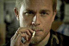 charlie hunnam sons of anarchy | EMMYS: 'Sons Of Anarchy's Charlie Hunnam - Yahoo! TV