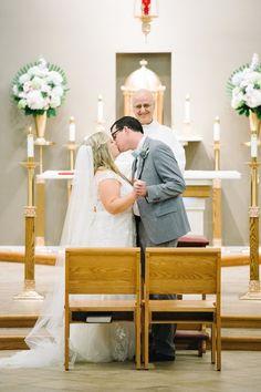 Charleston Weddings magazine summer 2016 / Image by Aaron and Jillian Photography