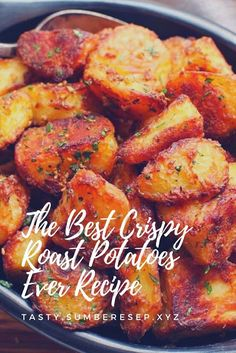 The Best Crispy Roast Potatoes Ever Recipe - Dessert Potato Dishes, Potato Recipes, Vegan Recipes, Cooking Recipes, Paella, Crispy Roast Potatoes, Good Food, Yummy Food, Easy