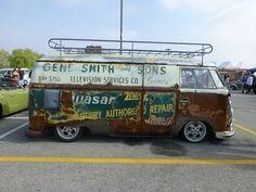 Great old school work van paint job!