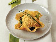 Kıtır Parmesan Sepetinde Frenksoğanlı Çırpılış Yumurta