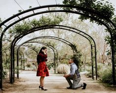 We love this garden proposal! #engagement #howheasked #love