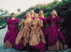 OH my word!! I feel so sorry for those bridesmaids! That's just beyond horrifying!!