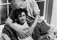 Leonora Carrington with Max Ernst, 1937 – Photo Credits Lee Miller