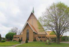 St. Thomas More Roman Catholic Church, 6548 Dorchester Road, Niagara Falls, ON