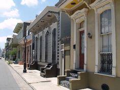 New Orleans shotgun houses