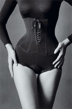 """love my corsets, if anyone wants to do a corset shoot, I'm down. 21.5"""" waist right here, let's take advantage of it."""