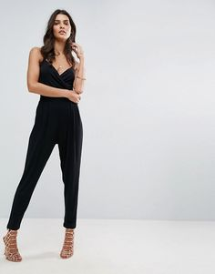 96d6c4f4ff ASOS – Jersey-Overall in Wickeloptik mit Camisole und Karottenhose at asos .com