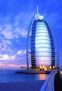 【H.I.S.】【】世界一の高層ビル 「バージュ・カリファ」 #his_blue
