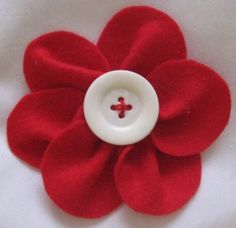Liss Lembrancinhas Artesanais: Flores de Feltro