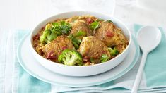 CHICKEN, BROCCOLI AND RICE STEW - Looking for chicken dinner recipes? This easy chicken recipe makes a great family meal and contains healthy nutrients too. Broccoli Rice, Chicken Broccoli, Baked Vegetables, Easy Chicken Recipes, Family Meals, Stew, Vegetable Bake, Dinner Recipes, Kos