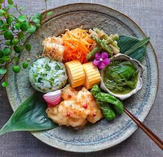 Japanese Menu, Plate Lunch, Different Recipes, Food Plating, No Cook Meals, Real Food Recipes, Sushi, Nom Nom, Food Photography
