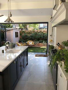 Modern Shaker Kitchen - Our kitchen renovation in Richmond, Surrey. Kitchen from Handmade Kitchens of Christchurch. See our - Home Decor Kitchen, Kitchen Living, Interior Design Kitchen, New Kitchen, Home Kitchens, Kitchen Ideas, Kitchen Inspiration, Awesome Kitchen, Small Kitchens
