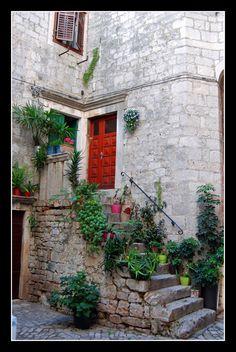 Trogir alley, Trogir, Croatia Copyright: Tonny Nooyens