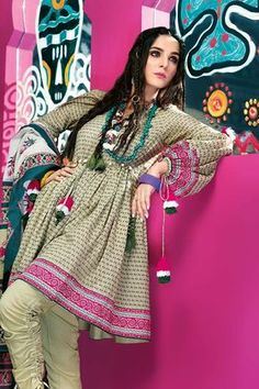 Gul Ahmed 3 Piece Summer Essential 2018 Custom Stitched Lawn Suit - B Simple Pakistani Dresses, Pakistani Fashion Casual, Indian Fashion Dresses, Pakistani Dress Design, Simple Dresses, Casual Dresses, Fashion Outfits, Asian Fashion, Sleeves Designs For Dresses