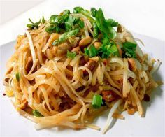 Miracle Noodle Chicken Pad Thai Recipe - zero calories and zero carbs! Truly a miracle noodle! HCG