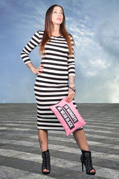 new post on http://www.rosastyle.com/2014/05/due-modi-diversi-per-indossare-le-righe.html