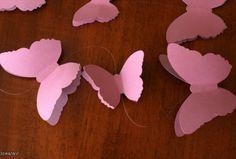 Вырезаем и клеим бабочек