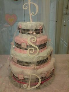 Houndstooth diaper cake by Robin's Nest