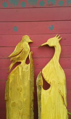 Vögel Pond Design, Garden Design, Diy Wood Projects, Garden Projects, Patio Yard Ideas, Wand Tattoo, Wooden Cutouts, Wooden Gates, Art And Craft Design