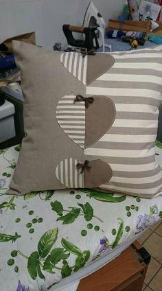 Sewing Pillows, Diy Pillows, Decorative Pillows, Throw Pillows, Pillow Ideas, Patchwork Cushion, Quilted Pillow, Cushion Covers, Pillow Covers