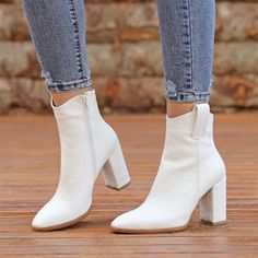 Bilbavi Beyaz Kroko Desenli Kalın Topuklu Sivri Burun Bot  #white #crocodile #heels #boots #western #beyaz #topuklu #bot #timsahdesenli #kovboy Boot Heels, Western Boots, Crocodile, Booty, Pumps, Ankle, Shoes, Fashion, Moda