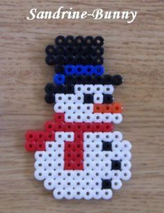 Perler Bead Designs, Easy Perler Bead Patterns, Melty Bead Patterns, Hama Beads Design, Diy Perler Beads, Perler Bead Art, Pearler Beads, Fuse Beads, Beading Patterns