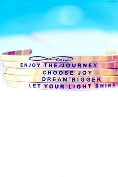 Love these stackable mantrabands with inspirational quotes!