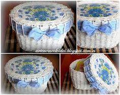 canastas tejidas en papel periodico
