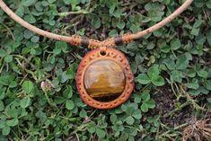 Avocado Art, Avocado Seed, Stone Carving, Wood Carving, Dremel, Wood Work, Stone Art, Spoons, Wood Watch